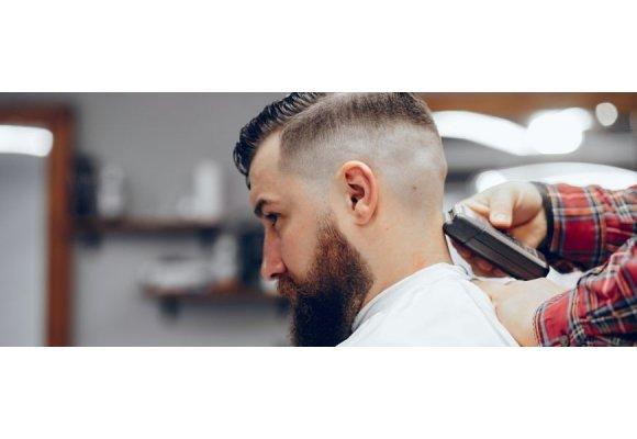 2020 nyári férfi frizurák trendjei